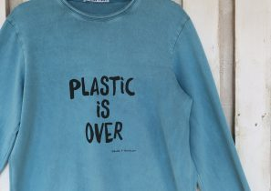 Plastic is over - Wanda t-shirt