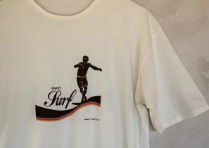 Enjoy surf by Wanda t-shirt • Made in Barcelona • Sostenible • Organic Cotton •