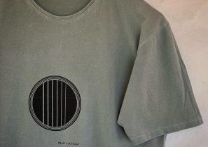 Guitarra by Wanda t-shirt • Made in Barcelona • Sostenible